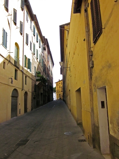Siena_Street1